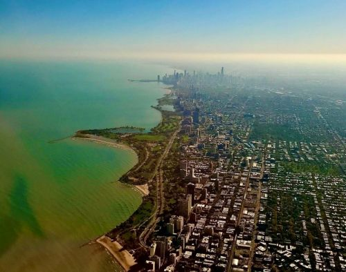 Spend Springtime on Chicago's Lakefront Path