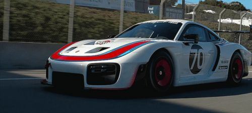 Here's Some Gorgeous Footage of the 690 Horsepower Flat-Nose Porsche 935