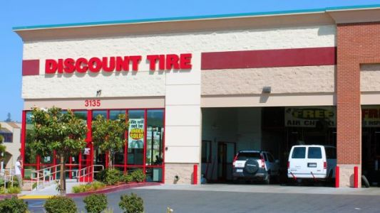 Grab a New Set of Tires From Discount Tire's Memorial Day Sale
