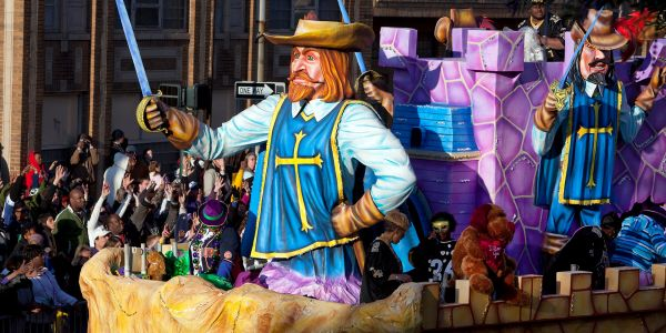 Want to do Mardi Gras with the Family? Take Them to Mobile, Alabama