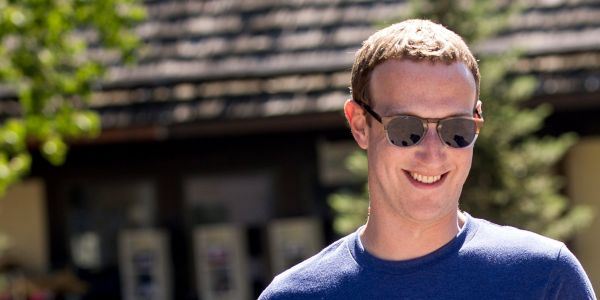 Facebook has been talking to banks about putting financial data into Messenger, and people are freaking out