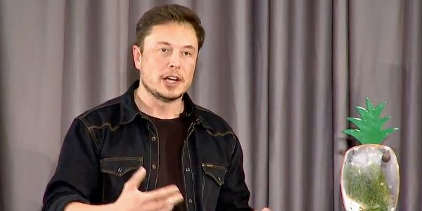 Elon Musk looks to ease concerns in an affluent suburb of Los Angeles where The Boring Company plans to build a new test tunnel