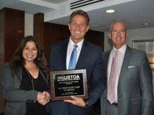 USTOA Champion in Travel Award Presented to Senator Jeff Flake