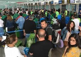 Travel chaos due to industrial action during Easter holidays in Spain and Italy