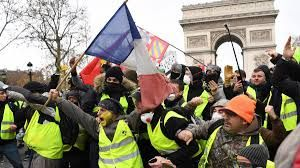 """French tourism reached a record height despite violent """"yellow vest"""" protests!"""