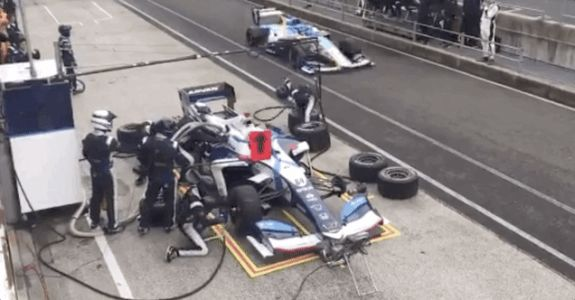 Majestic Parkour Tire Changing Is Just Another Day in Super Formula Racing