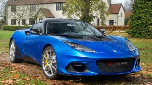 Ten Years Old and the 2019 Lotus Evora Sounds Better Than Ever