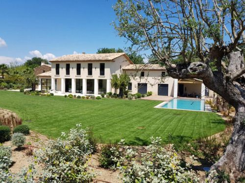 Villa Ferrero Makes a Fabulous Base for Your Saint Tropez