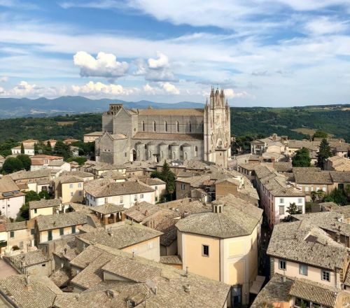 Leave the City Behind on this Day Trip from Rome