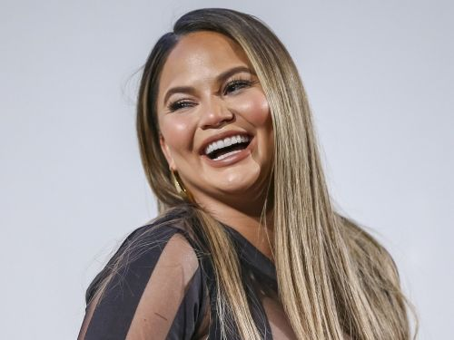 Chrissy Teigen had the perfect response to following Donald Trump on Twitter again