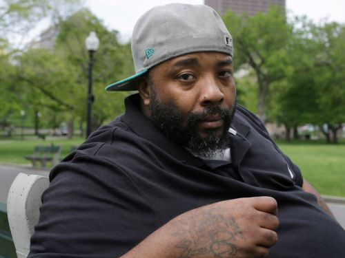 A homeless man is suing Burger King for almost $1 million after being jailed for 3 months following false accusations of paying with a counterfeit $10 bill