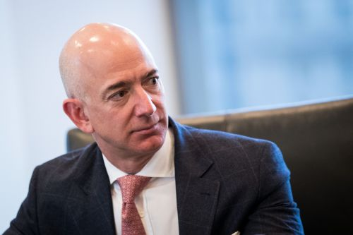 Trump takes aim at Amazon, says it uses the US Postal Service as its 'delivery boy'