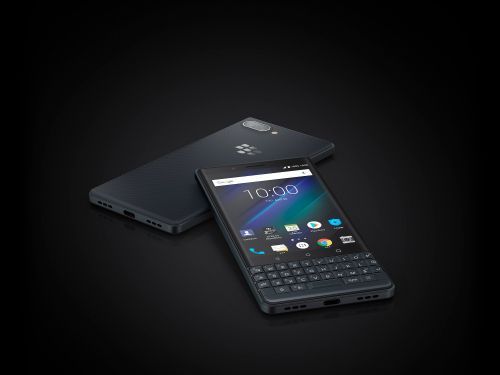 Here's how the new $400 BlackBerry smartphone compares to the pricier BlackBerry Key2
