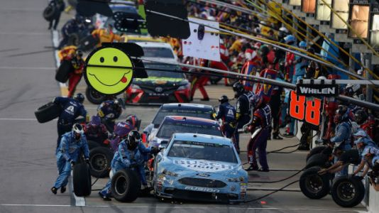 How People Become Part of a NASCAR Pit Crew