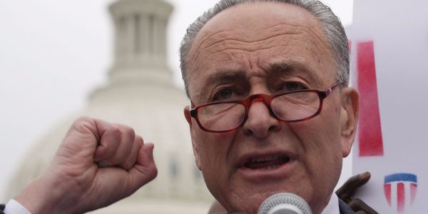 Schumer asks the federal government to probe Chinese plans to update NY subway system
