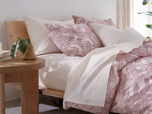 Here's where to find the best deals on bedding this Memorial Day weekend