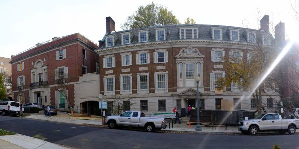Jeff Bezos is spending $12 million to renovate his Washington, DC mansion - here's what it will look like when it's done