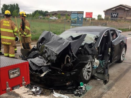 Tesla Model S driver who collided with a fire department vehicle in Utah says Autopilot was engaged at the time of the crash