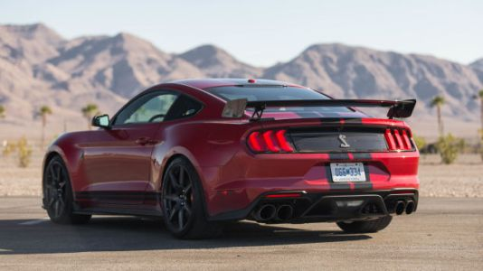 Ford Offers Free Program To Teach You How To Drive Your Shelby GT500 Good