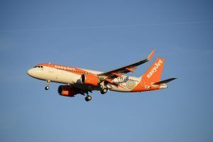 EasyJet reports loss of £318 million for the third quarter of the financial year