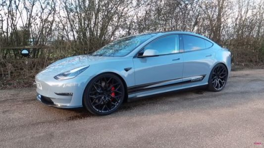 Aftermarket Exhaust Company Pivots To Making Teslas Sound As Fast As They Are