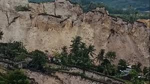 15 killed and dozens missing after massive landslide in Philippines' Cebu