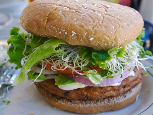 10 vegetarian and vegan meals that aren't as healthy as you think