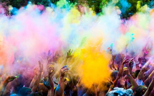6 Reasons to Visit India for Holi Festival
