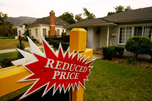 Housing inventory is rising and it may signal the start of a buyer's market