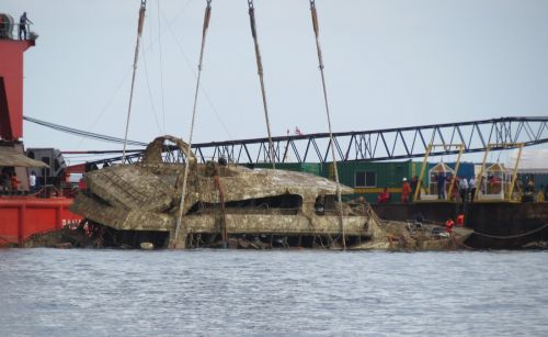 Thai police say sunken ship failed to meet design standards