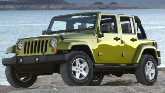 Why A Jeep Wrangler Isn't A Good First Car For Your Teenager