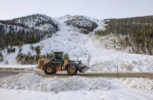 Colorado Travel warning owing to 'avalanches of historic size' prompts