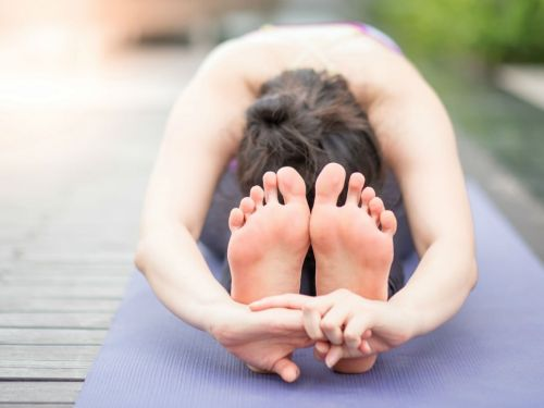 Yoga and meditation could give you an ego boost, a new study suggests