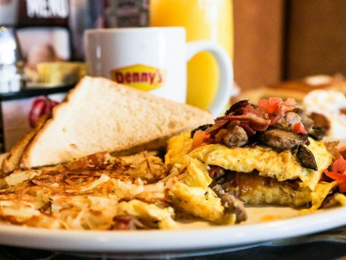Denny's is permanently closing 15 restaurants. Here's the list