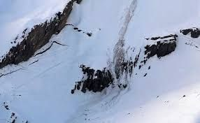 Swiss avalanche buries several skiers including tourists