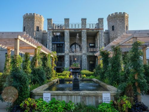 One of Kentucky's premier 4-star hotels is a castle on the side of a highway. I spent a night there, and its bourbon bar and Versailles-inspired decor didn't make up for what it lacked in sense of place