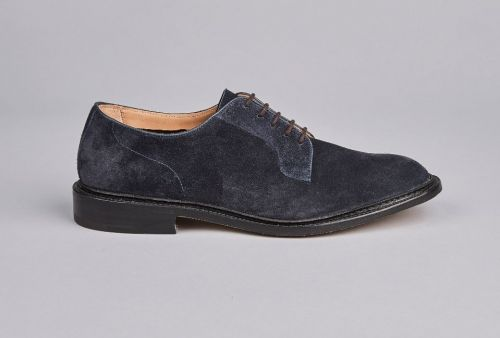 Versatile Suede Shoes for the Summer Months