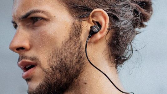 Anker Upgraded Our Readers' Favorite Bluetooth Headphones, and They're Just $25 Today