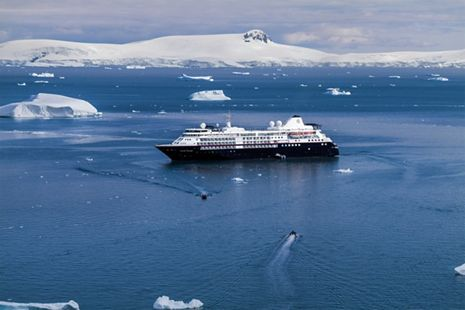 Silversea Showcases The Best of Antarctica, Photographed by Steve Mccurry for The Very First Time
