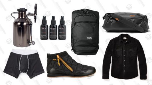 Get Your Fatigues On, It's an All Black Everything Sale at Huckberry