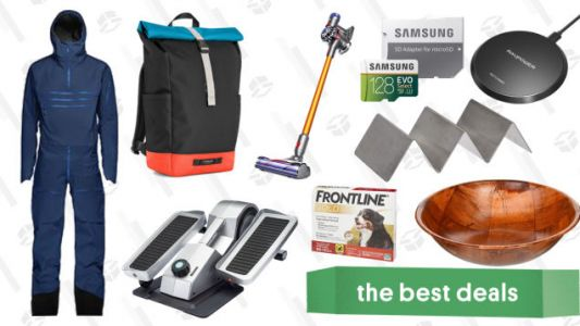 Monday's Best Deals: Dyson V8 Absolute, Timbuk2 Custom Bags, Rakuten Sitewide Sale, and More