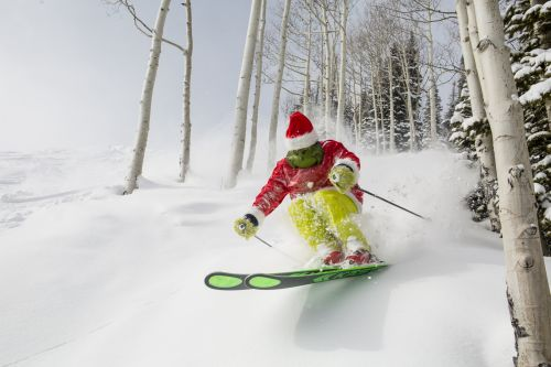 Planning Your Holiday Ski Vacation: The Ultimate Guide