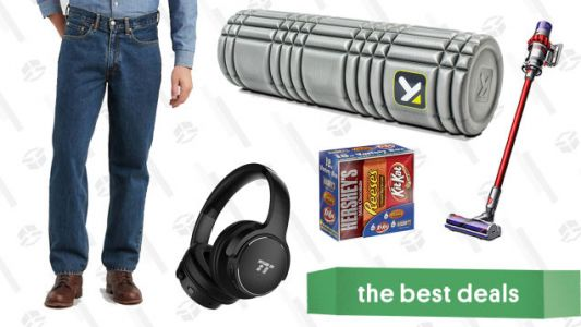 Wednesday's Best Deals: Noise Canceling Headphones, Levi's, Foam Rollers, and More
