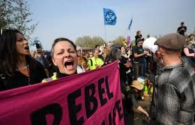 Easter travel disruption in Heathrow, Eco-protestors vow to shut down