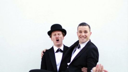 Two Man Gentleman Band-'I Like To Party With Girls'