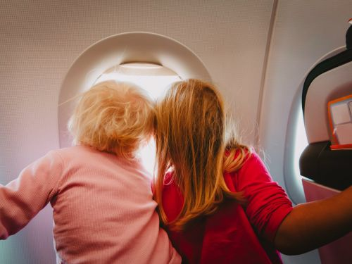11 of the cutest things that have happened on airplanes