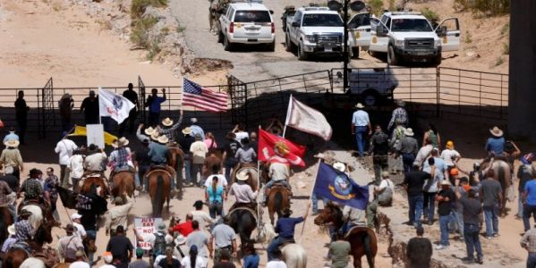 Trump pardons Oregon ranchers in case that inspired the 2016 Bundy occupation