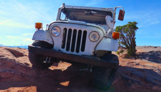 My $500 Two-Wheel Drive Postal Jeep Was a Beast Off-Road Until It Was Terrifying