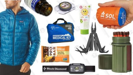 The Ten Essentials for Hiking: Don't Head Into the Woods Without These Items