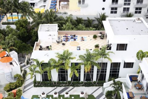 At Your Service: 10 Tips & Tricks for Your Trip to Loews Miami